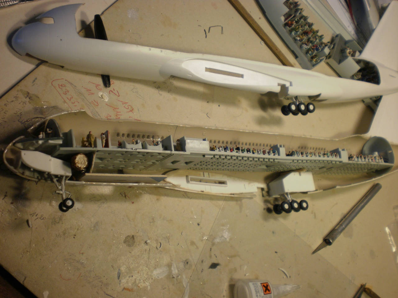 A380 800 emirates for Avion airbus a380 interieur