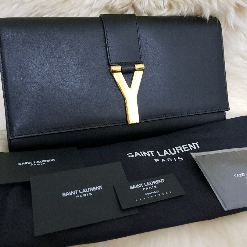 6fefeebb226 Yves Saint Laurent Clutch Condition : Brand New/Unused Selling Price :  SGD1070 / RM3200 nett Comes with dustbag+authenticity card+ carecards  Colour: Black ...