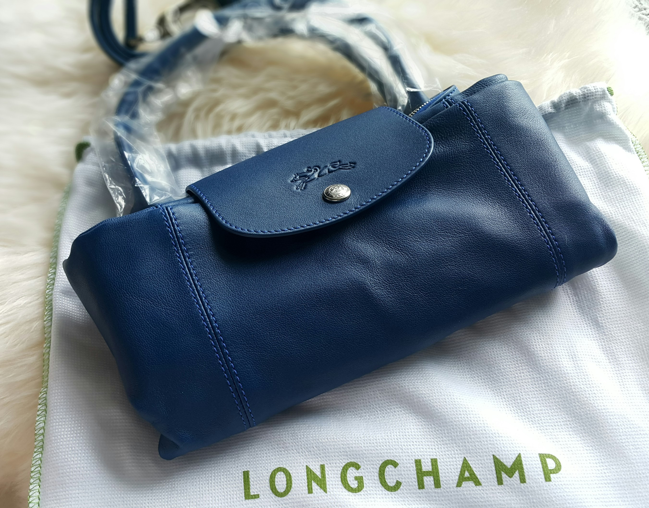 Longchamp Le Cuir Navy Blue Selling Price   SGD620   RM1 d6ce784f92aa5