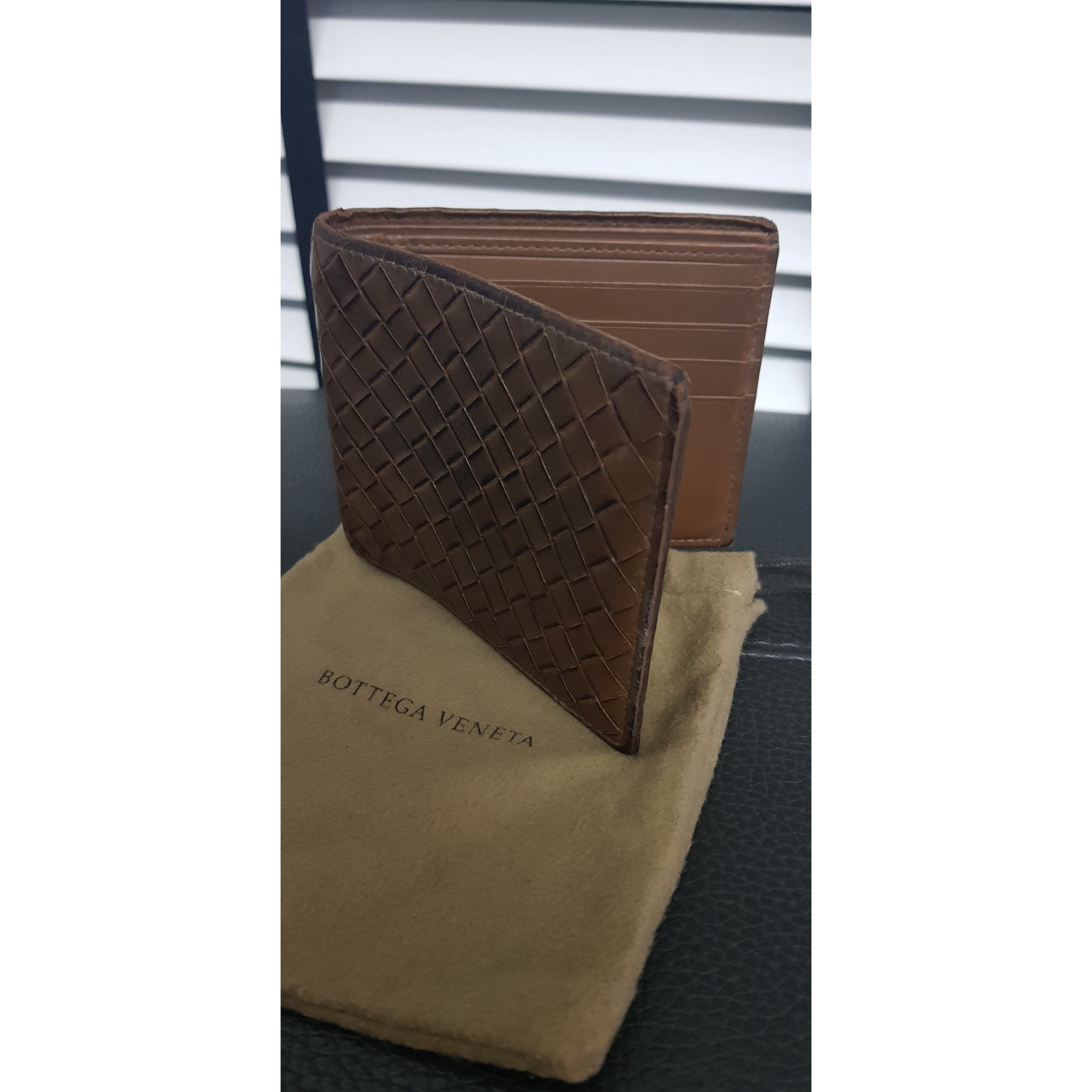 22ff77f84a0 Bottega veneta mens wallet Size : billfold 10 card compartment 2 notes  compartment Stamp : na Color : camel brown Style : suits men Leather : calf  Condition ...