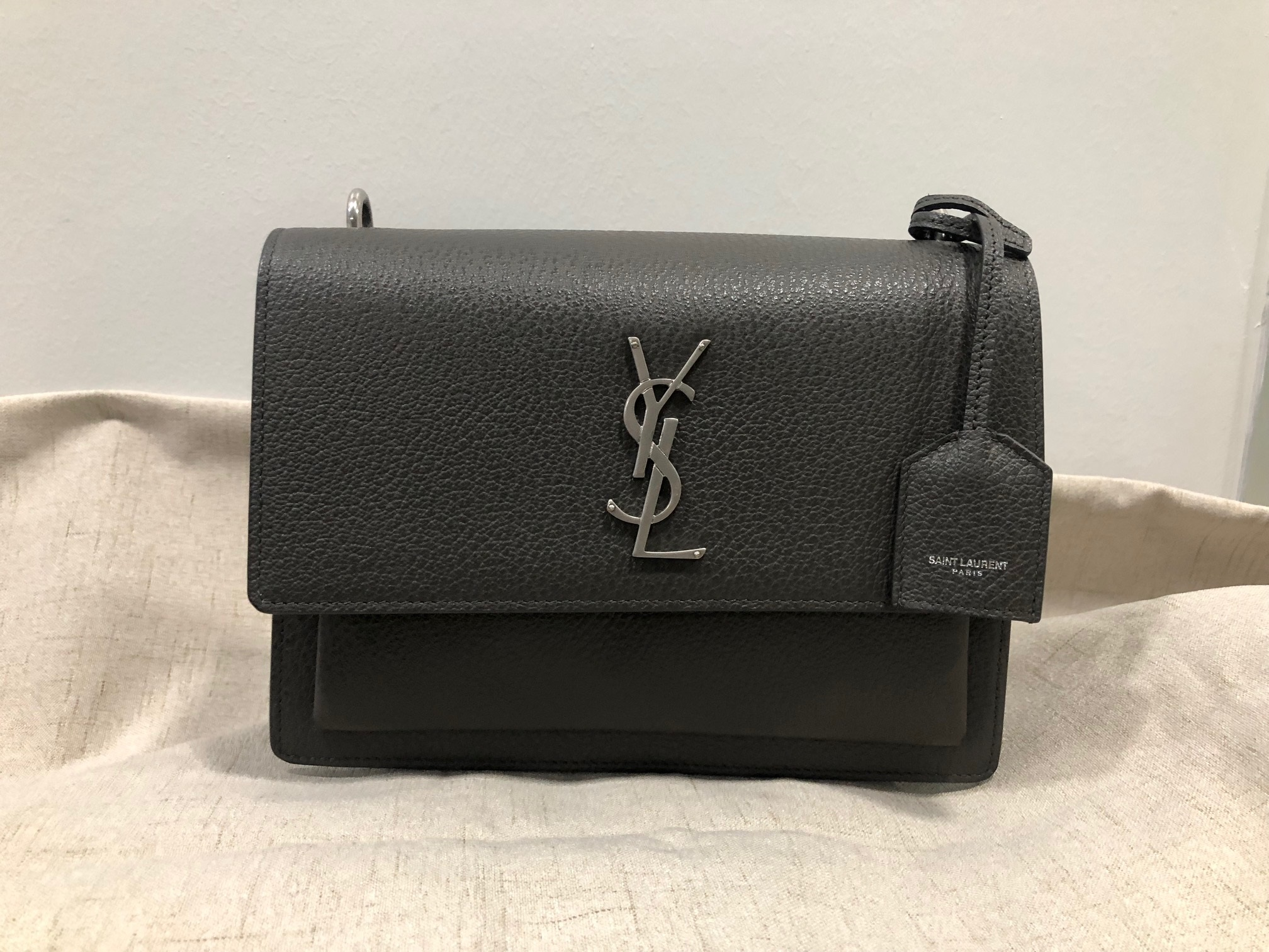 38aba6087ada YSL Sunset Bag Measurements   Medium Size (22cm x 14cm x 8cm) Condition    9.9 10 Color Material   Grained Leather Grey As Good As New. Comes with  leather ...