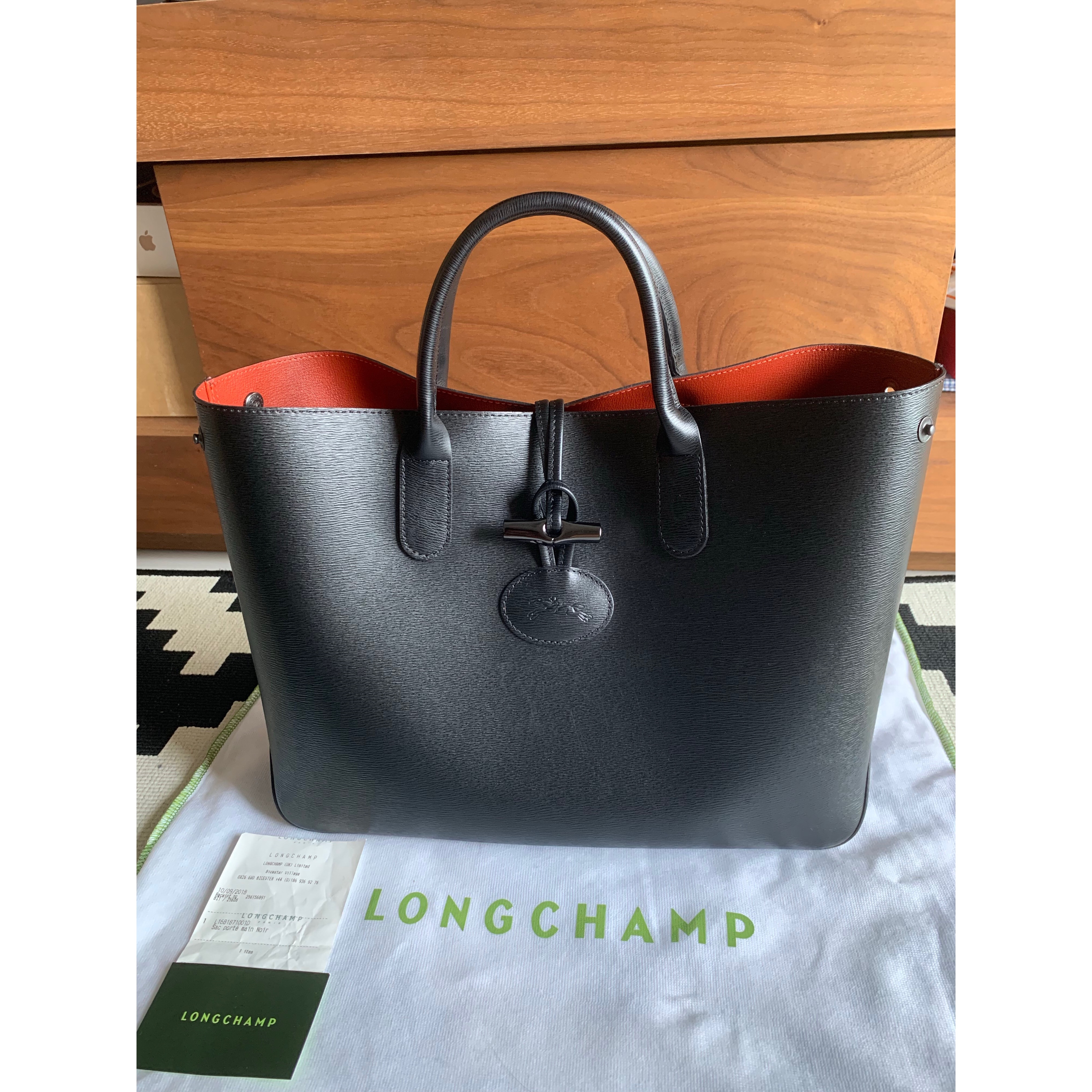Longchamp Tote short handle Condition   9.9 10 Comes with dust bag and  original receipt from UK. New d88f08ea5c06c