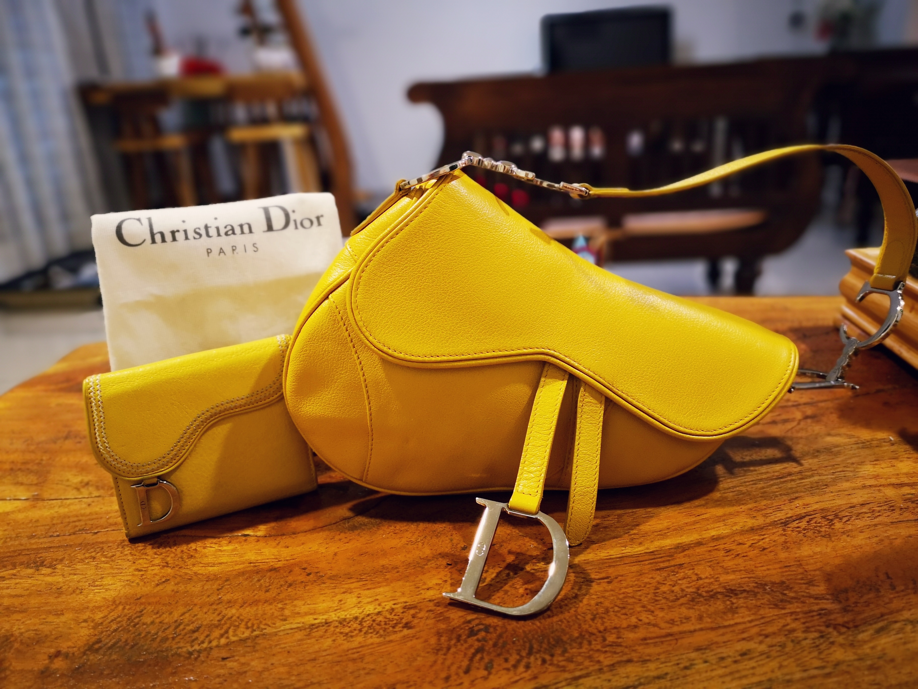 24e38afb2209 Christian Dior Medium Size Saddle full leather in very very rare Mustard  Colour comes with a matching wallet. 100% guarantee authentic Measurements  ...