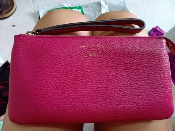 e126e20a51b Gucci Swing Leather Wristlet Condition   7 10. Measurements   22x12.  Condition   preloved. Color Material   pink. Selling Price   SGD110    RM330nett